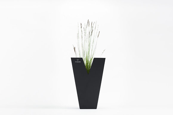 Planter 'Ferdu' - Chateau Black