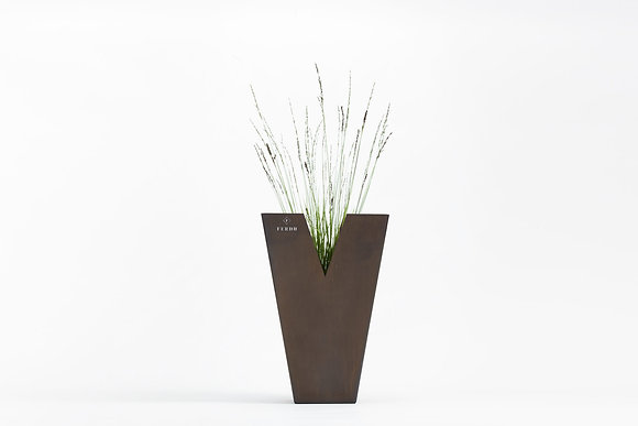 Planter 'Ferdu' - Chateau Rust