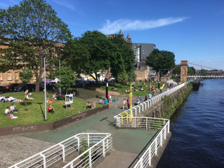 Glasgow - The Dear Green place