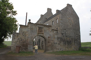 Outlander No 1 Tour Midhope Castle