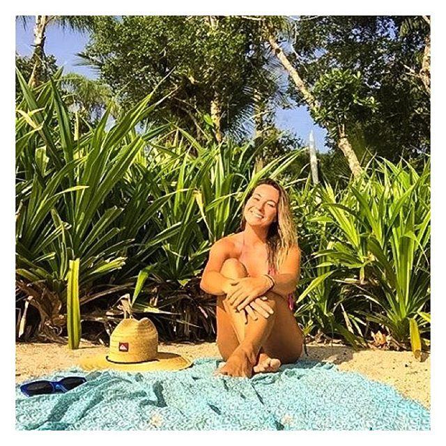 Repost do #momentodareia da _cristina_brazil_Sorria para a vida. Sorria para o mundo. _Seja leve._Re