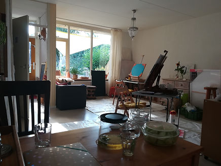 Atelier Ansicht mit Tee.jpg
