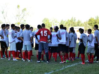 Sub-17 faz o último treino antes do amistoso