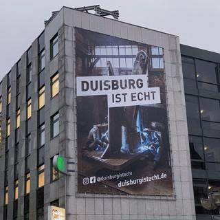 Plakat in der Stadt Duisburg