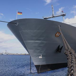 Naval Schiff