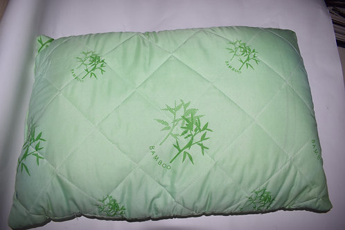 Подушка 50х70см. салатовая с изображением бамбука