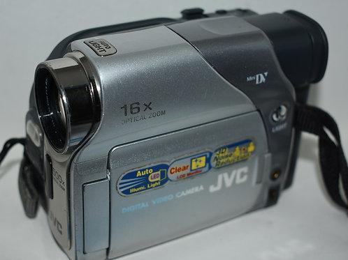 Видеокамера кассетная JVC GR-D18ER