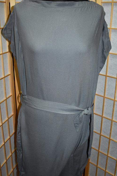 Платье р.44 JNBY