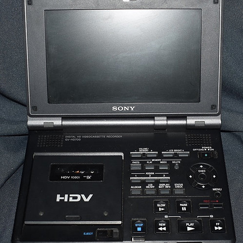 Видеомагнитофон цифровой SONY GV-HD700E