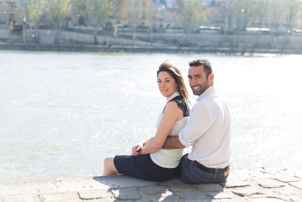Photo couple sur la Seine