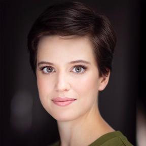 Genevieve Kingsford - Performer