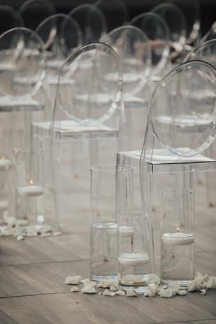 Contemporary Ceremony Decor