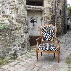Clin d'œil à Keith Haring pour ce fauteuil de style Louis Philippe, tissu des collections Pierre Frey