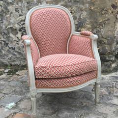 Bergère de style Louis XVI  revêtue du tissu Collioure de la maison Nobilis