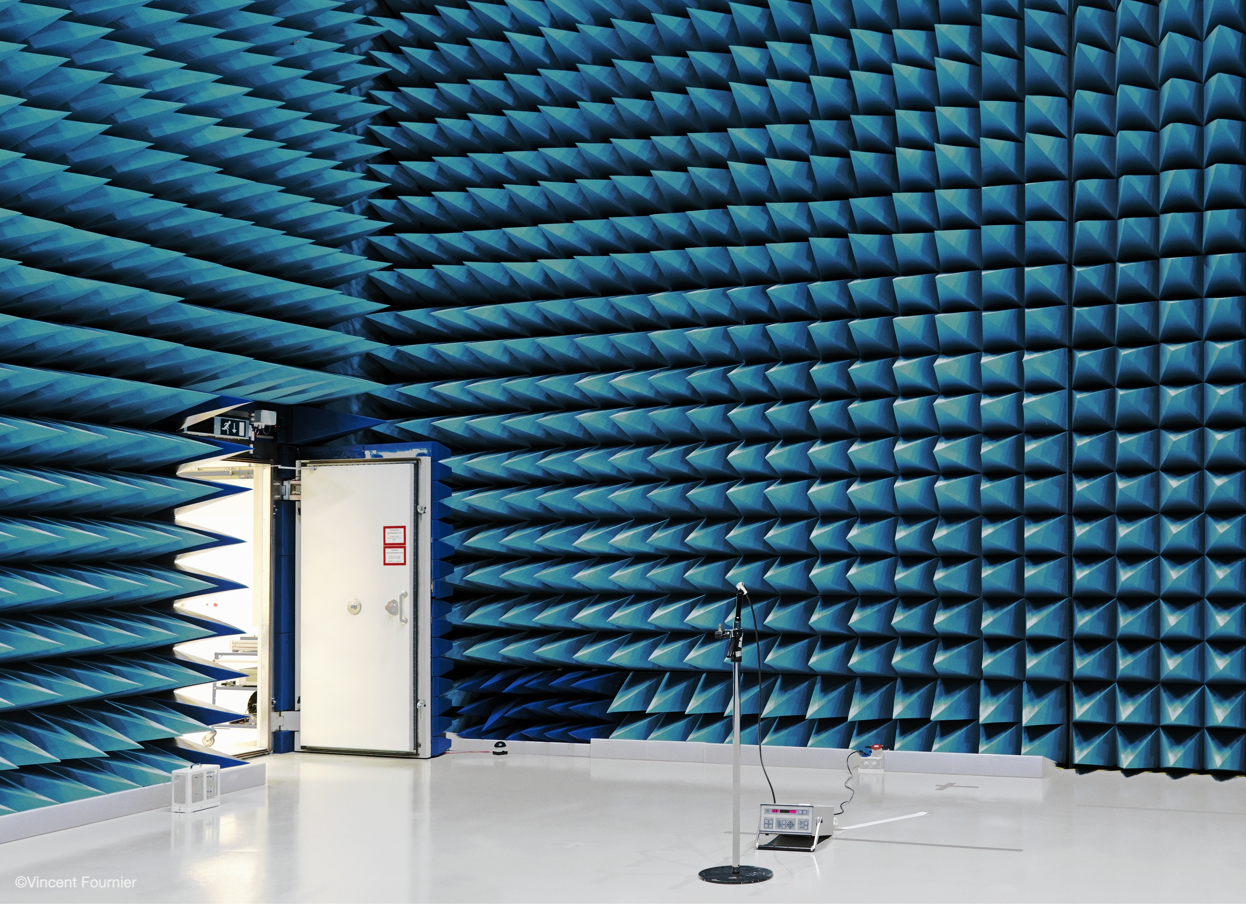 Vincent Fournier - anechoic chamber