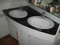 Plan de salle de bain pierre bleue