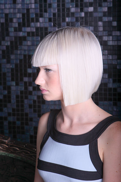 1243 LA Gallery-hair-style-model.jpg