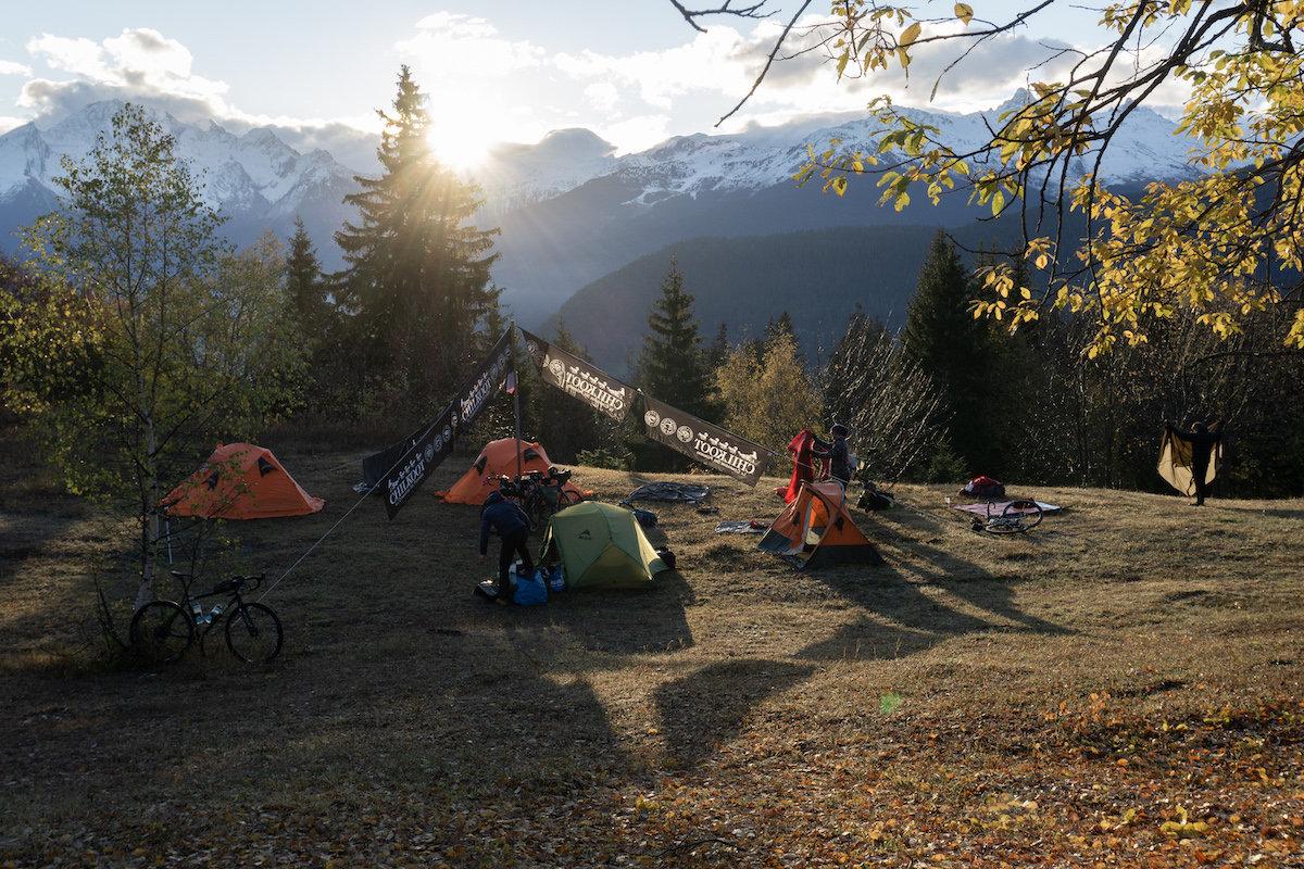 05bis_LesAventures-Camp.jpg