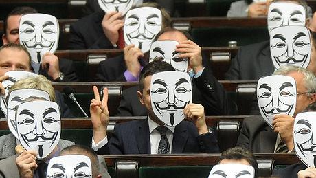 palikot anonymous.jpg