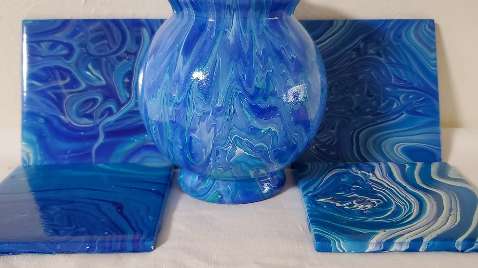 Small Vase with set of 4 coasters