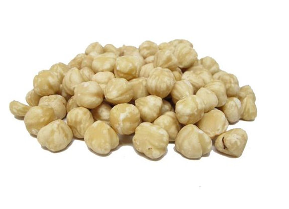 Skinless raw hazelnuts (special order)