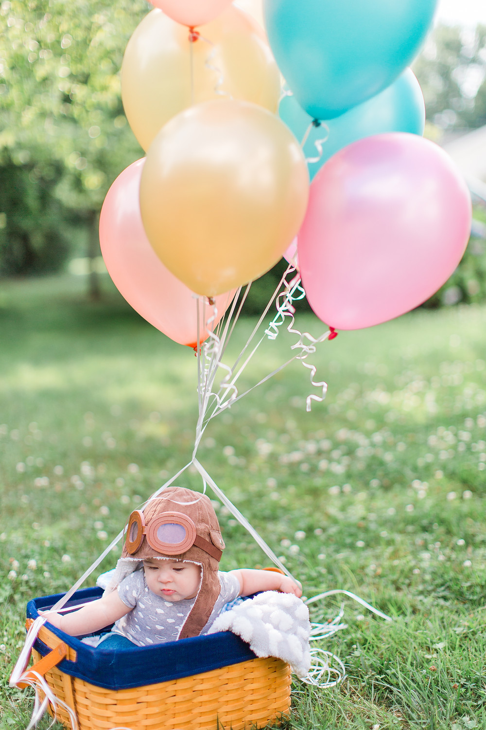 Westminster Maryland, outdoor photo session, baby in a basket, baby aviators, balloon inspired photoshoot