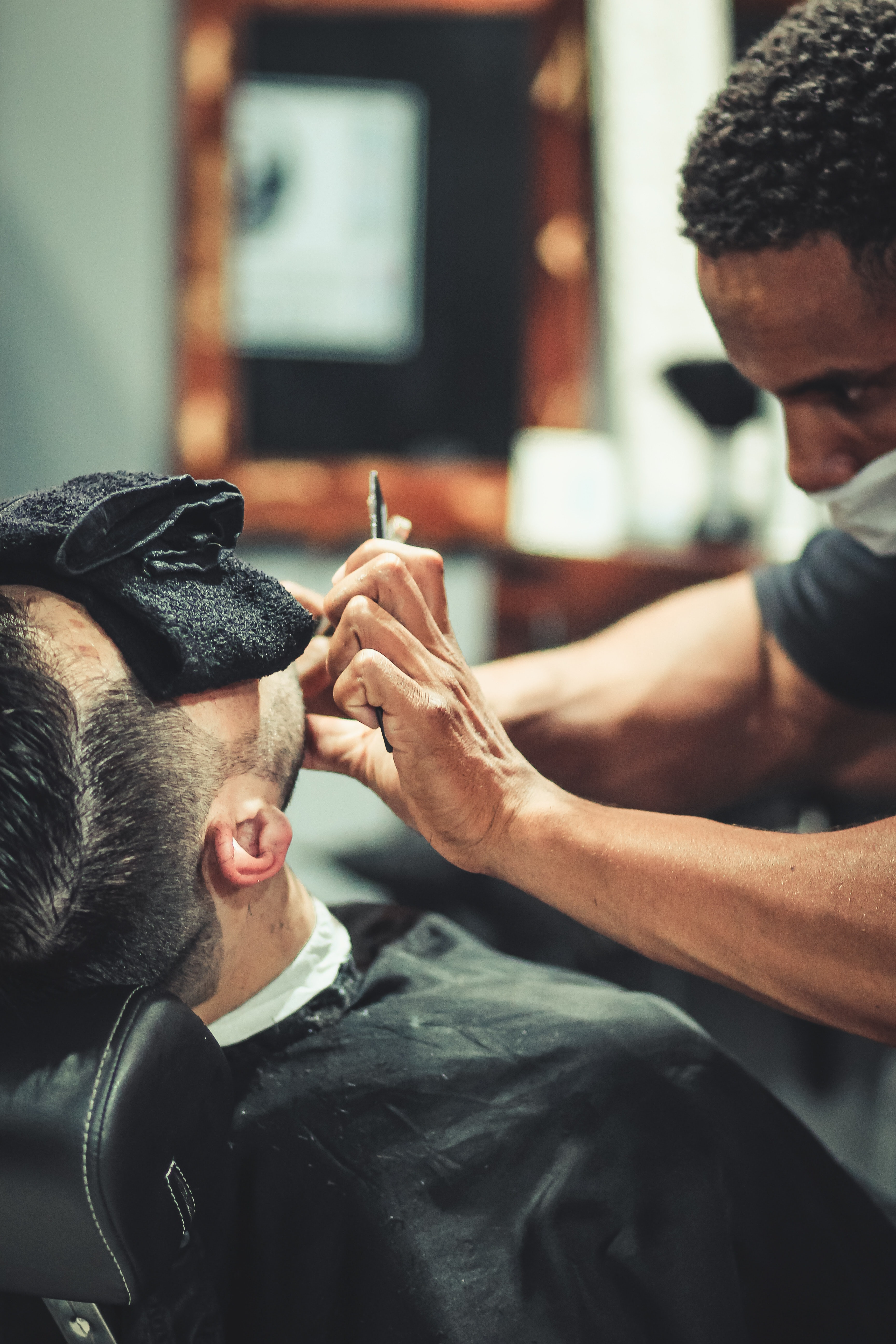 Royal Shave with Steam Machine