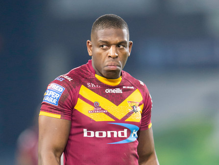 Huddersfield Giants players to sell bathrooms for one day only