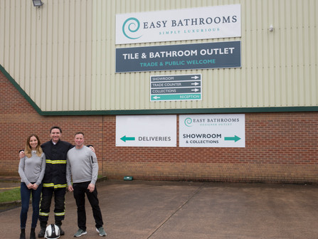 Bathroom and tile retailer offers discount to emergency service workers