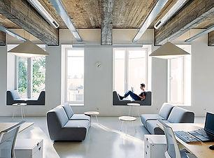 近代的なオフィス.jpg