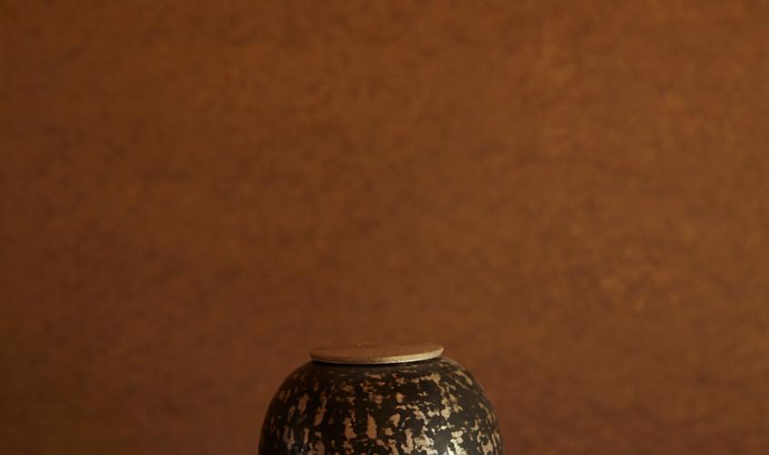 銀刻彩蓋器「滴」