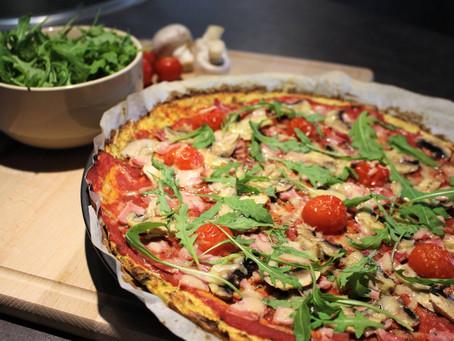 """Pizza """"sans pâte"""" au chou-fleur"""