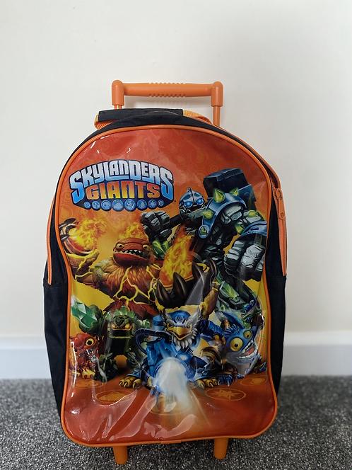 Sky landers pull along suitcase