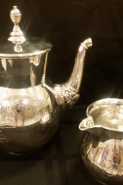 Quadruple plated teapot and creamer w/etched designs