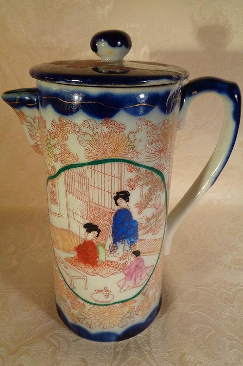 20th Century fine Nippon porcelain tea pot
