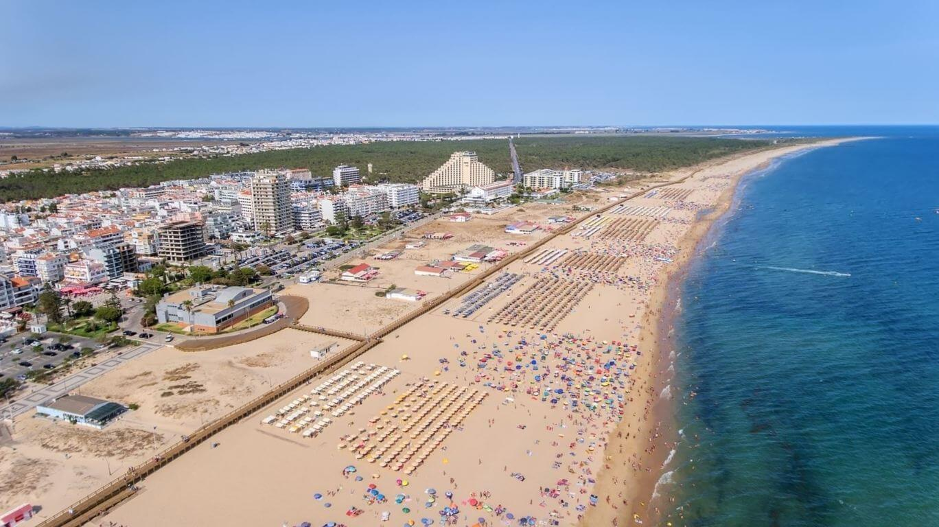 Monte-Gordo-beach-from-above