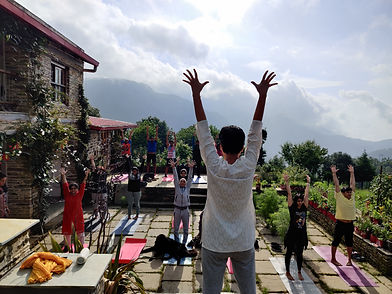 retreat_yoga1.jpg