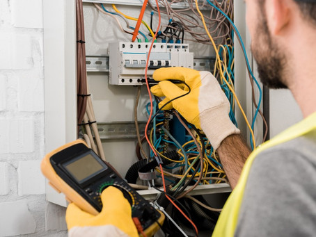 Electricians In My Area - Finding The Right Electrician