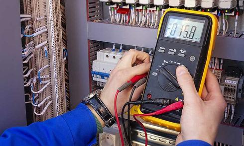 licensed-electrician.jpg
