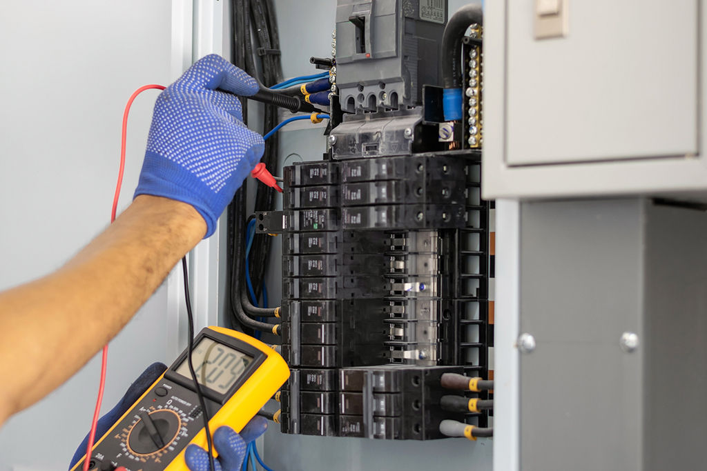 How Much Does It Cost For An Electrician To Rewire A House