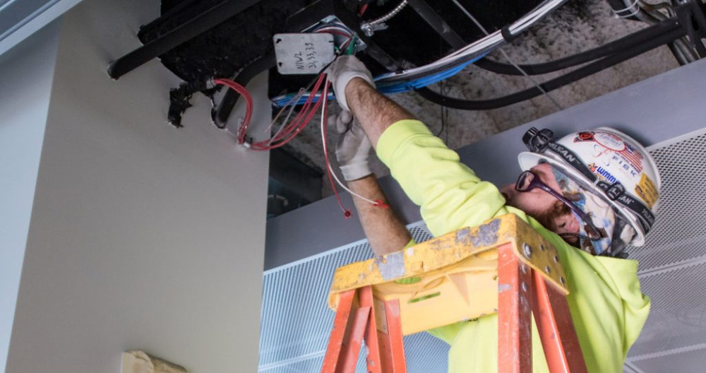 AK Electrical provides expert Commercial Electrical Services