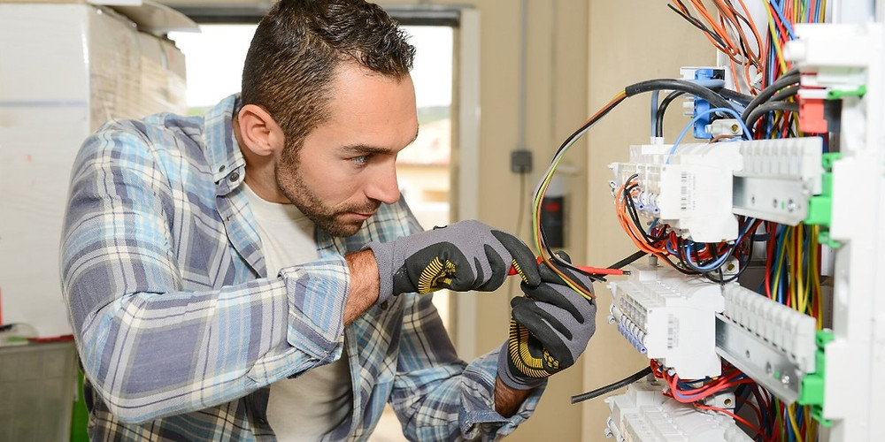 Commercial Electricians - Servicing Mesquite, Sunnyvale, Rockwall, Plano, and the surrounding area