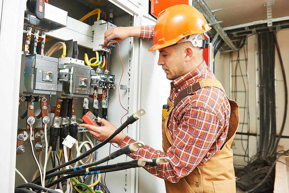Hire dependable Commercial Electricians for commercial electrical work