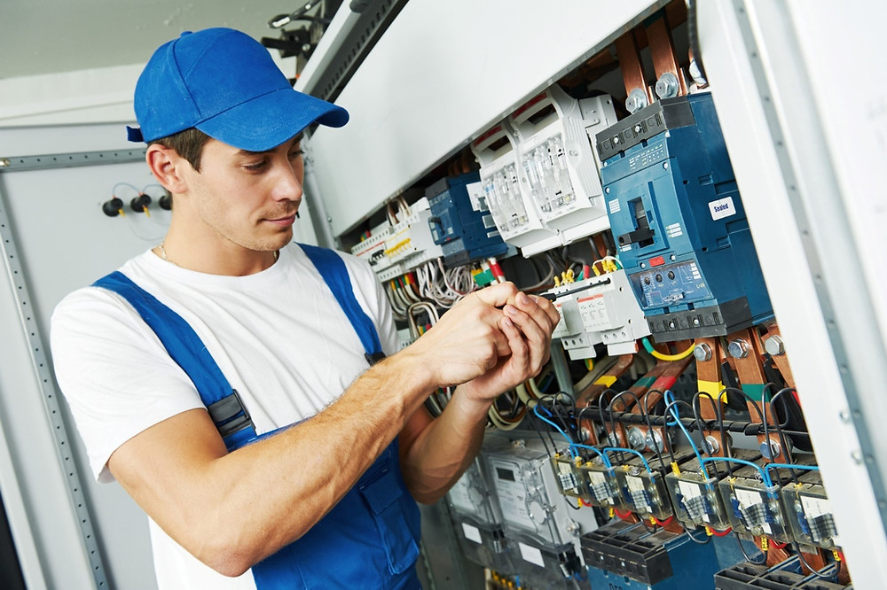 Commercial Electricians Near Me - AK Electrical Services