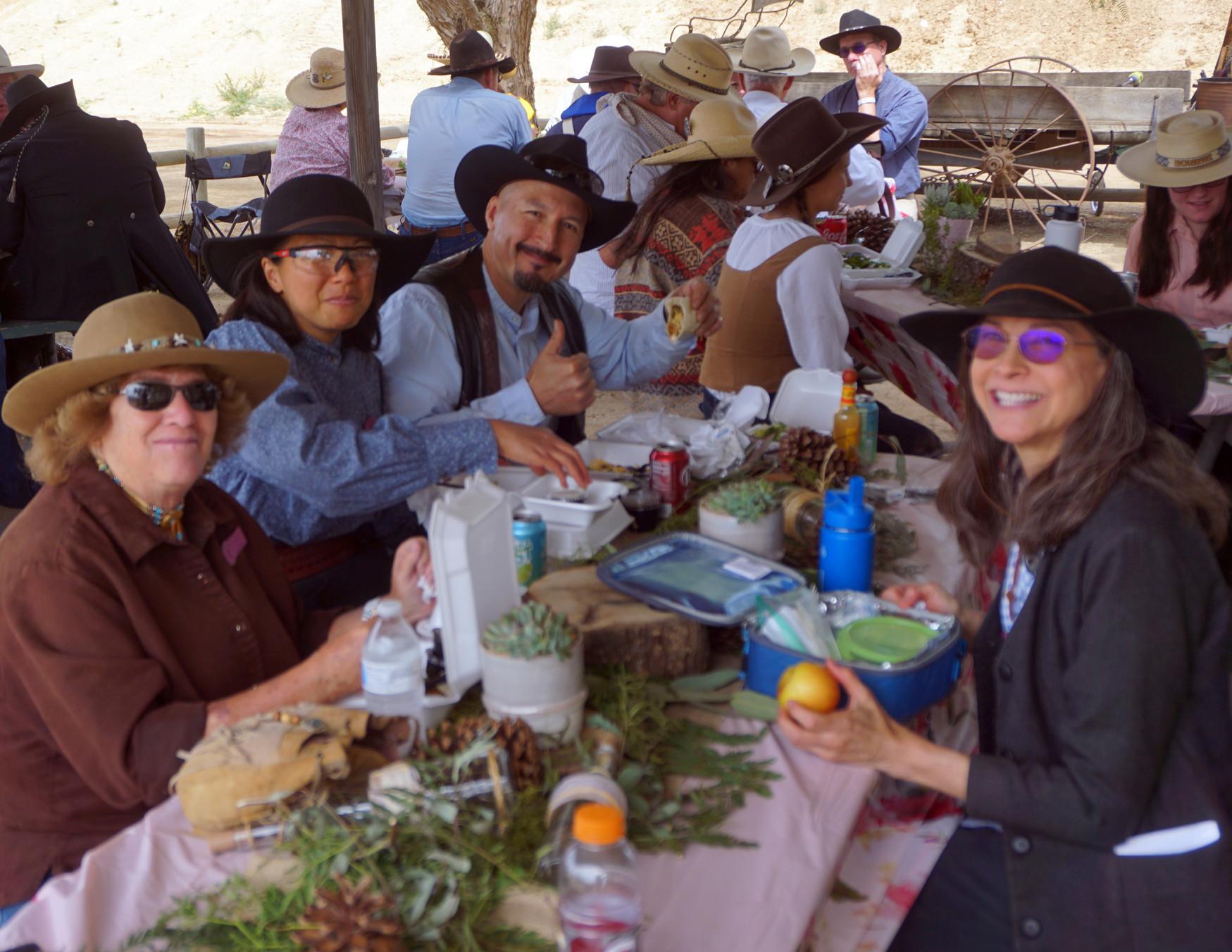 2021 - 5 - LOCAS - Lunch A.jpg