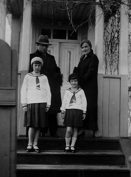 CIMMERMAN FAMILY, SARNY