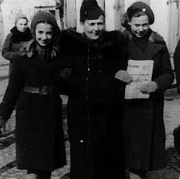 ELKE AND THE GIRLS 1938 Sarny