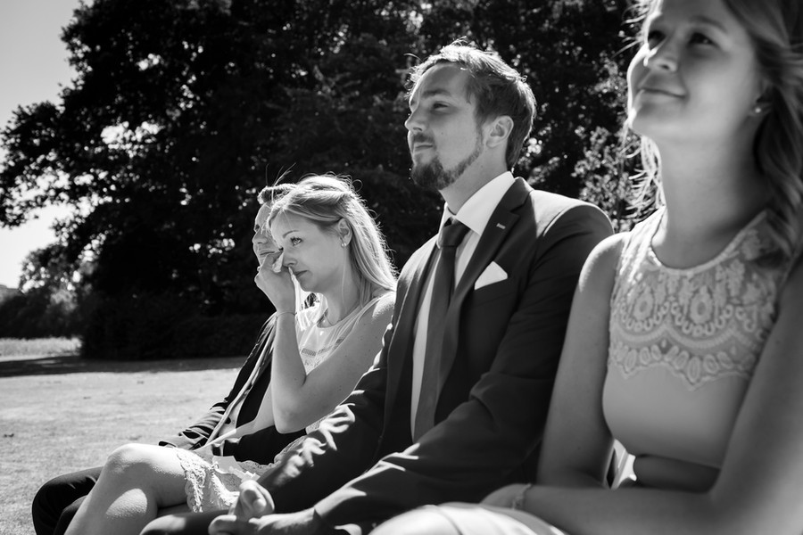 Huilend bruidsmeisje