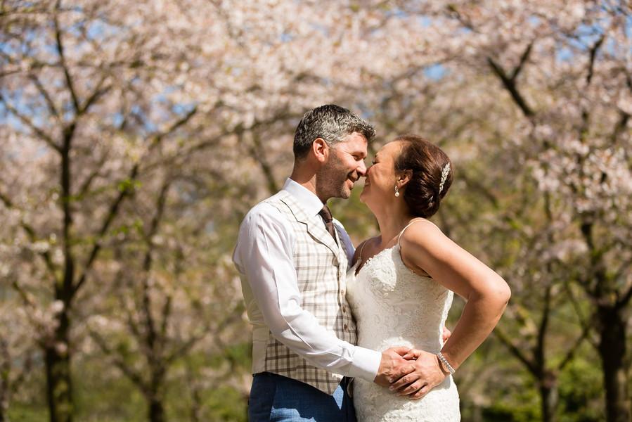 bloesemshoot bruidspaar