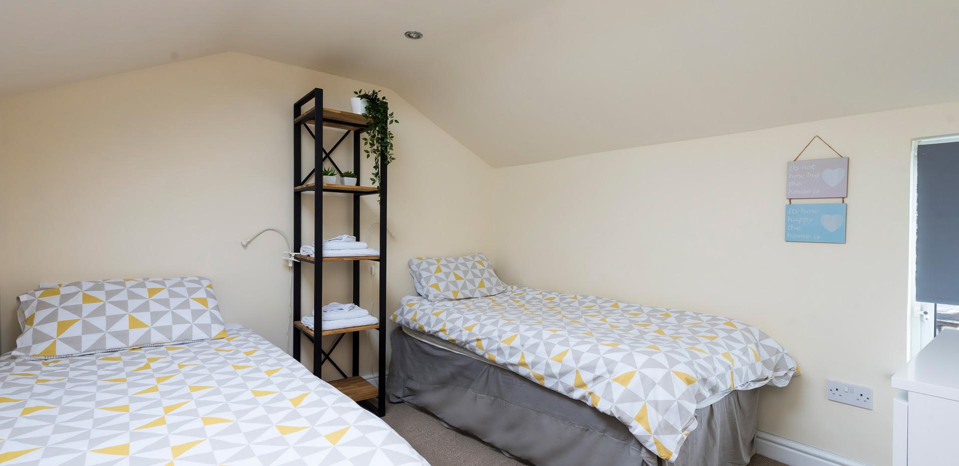 Bedroom-2a.jpg
